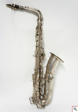 Saxofone MM 1089